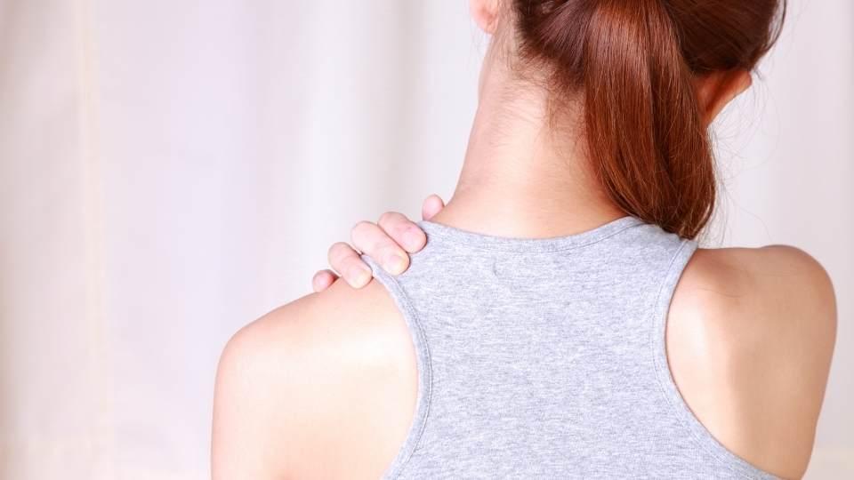 Woman with shoulder bursitis